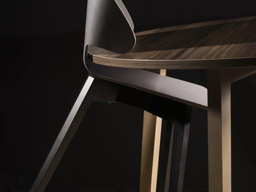 Ecce pour Simire : chaise de restauration design et brevetée