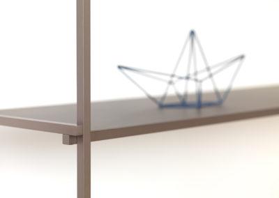 La maison d'édition l'Alufacture se spécialise dans la conception de meubles et d'objets en aluminium.